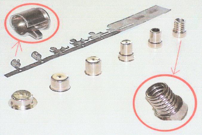 stampa progressiva transfert accessori metallici